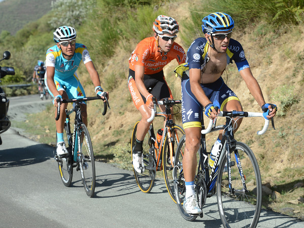Navarro has attacked from the peloton with Velasco and Zeits...