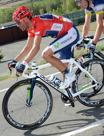 Alejandro Valverde is not a happy man - he was caught in a crash just as Sky accelerated..!