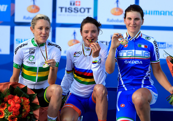 Marianne Vos celebrates a World Championship victory with Rachel Neylan and Lisa Longo...