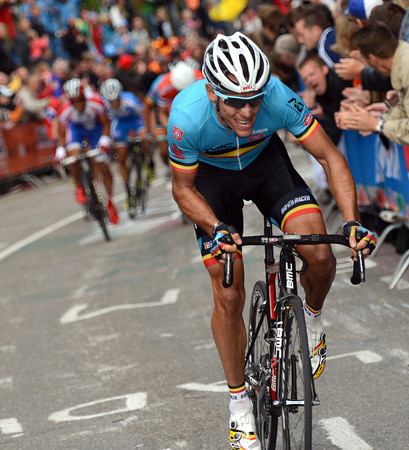 Philippe Gilbert attacks 200-metres from the top of the Cauberg..!