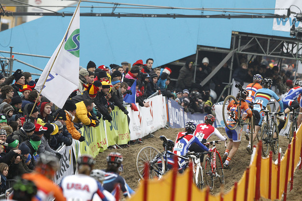 It's a busy and exciting atmosphere in Koksijde..!
