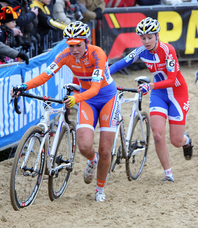 Sophie De Boer and Niki Harris have moved into the top ten by the halfway mark...