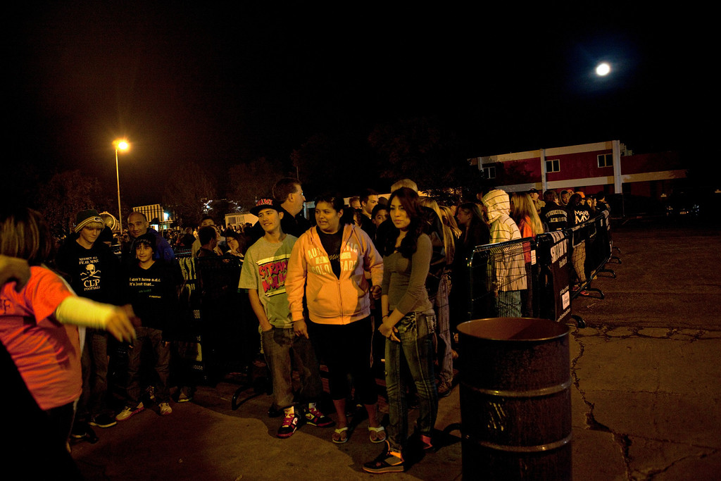 . Crowds wait to go into The Asylum Haunted House in Denver, Colorado, Saturday, October 19, 2013. Denver haunted houses The Asylum and the 13th Floor are both run by Screamworks Entertainment and have been recognized by MTV, The Travel Channel and USA Today as some of the best haunted houses in the country. (Photo By Katie Wood/The Denver Post)