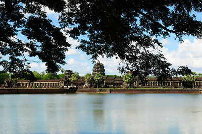2013_Angkor_Wat_July   0002