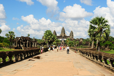 2013_Angkor_Wat_July   0017