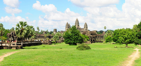 2013_Angkor_Wat_July   0140