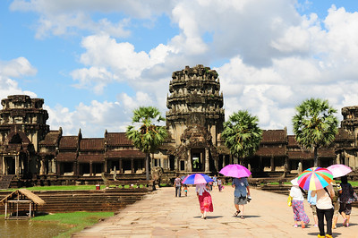 2013_Angkor_Wat_July   0008