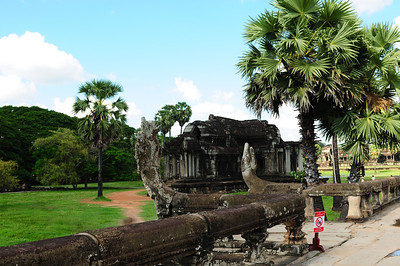 2013_Angkor_Wat_July   0018