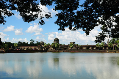 2013_Angkor_Wat_July   0003
