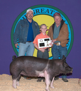 CJ Conner of Tuttle wins Swine Junior Showman Champion