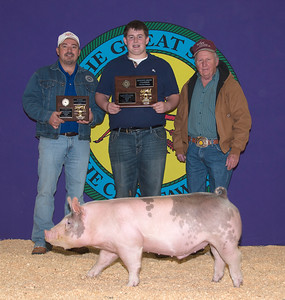 Baylor Jestis of Durant  wins Swine Reserve Grand Champion and Cross Reserve Breed Champion