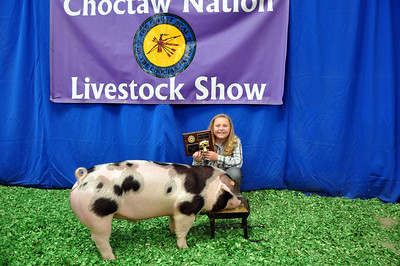 Charity Thomas of Red Oak 4-H wins Spot Reserve Breed Champion