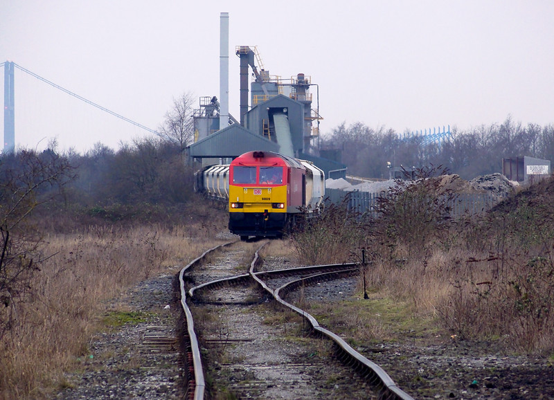 After a gap of a few years on the 12th Feb 2013 60020 was the allocated motive power for 6D71 0353 Rylstone Quarry - Hull Dairycoates Tarmac North Road Stone train and the train is seen discharging the train in the terminal. I must had been mad getting up to come out photograph the train given the weather conditions!