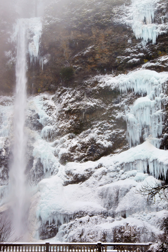 Ice Falls at Multnomah