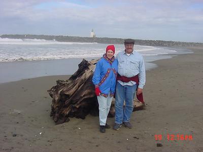 Kari Mohn and Stormy Mohn on the beach at Bandon.