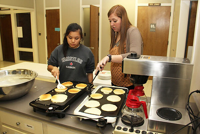 IMG_9564jcarrington stp shrove tues pancake supper 13