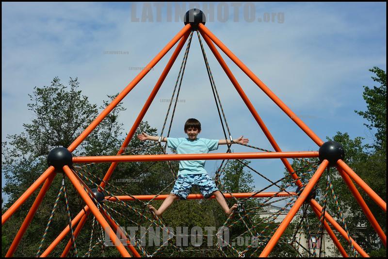 Klettergerüst Mit Netz : 2013 latinphoto