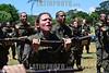 2013-02-22 OS 124 ALUNOS DO ITA APROVADOS NO VESTIBULAR INICIARAM ONTEM E TERMINARAM HOJE UM TREINAMENTO NO CPOR COMO PARTE DAS ATIVIDADES , NA SEGUNDA PROXIMA INICIA AS AULAS NO ITA COM A PRESENCA DO MINISTRO DA DEFESA NA AULA MAGNA / Instruccion militar / Women in the military / Brasilien : Militärische Ausbildung - Frauen im Militär - Rekrutin mit Waffe - Soldaten - Soldatin - Waffe - Gewehr © Lucas Lacaz Ruiz/LATINPHOTO.org
