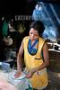 Nicaragua : Una mujer hace tortillas en una cabana - cocina / A woman makes tortillas in a hut in Managua / Nikaragua : Eine Frau stellt in einer Hütte in Managua Tortillas her - Einfache Küche © LATINPHOTO.org