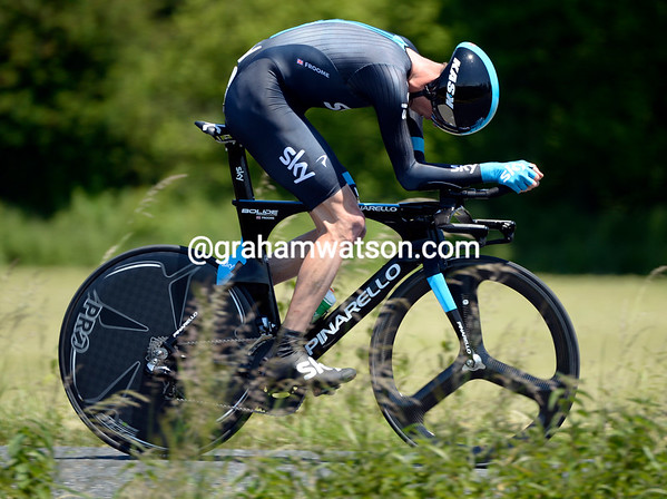 Chris Froome took a great 3rd place, 52-seconds behind, to move into 2nd-place overall...