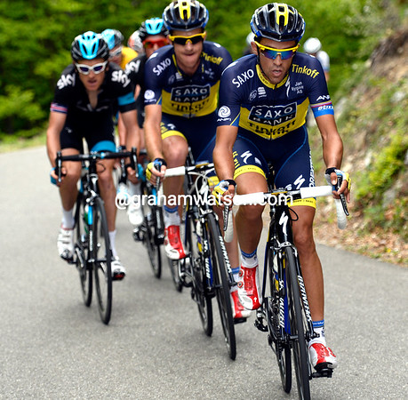 Alberto Contador has become a chaser instead of an attacker - but for whom..?