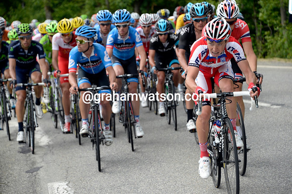 Katusha has started chasing now, perhaps for Joachin Rodriguez..?
