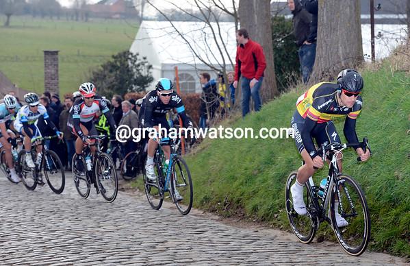 Boonen kicks away up the Paterberg...