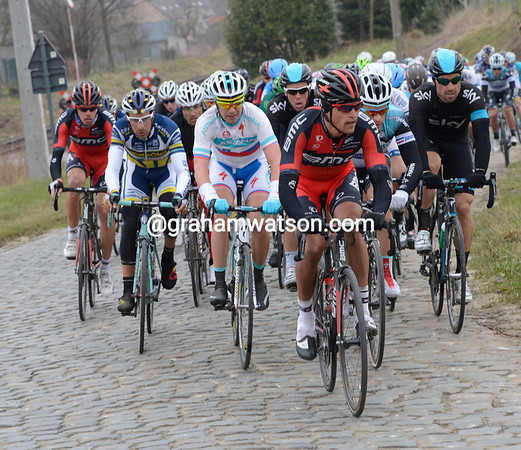 BMC leads the chase on the Stationsberg cobbles...