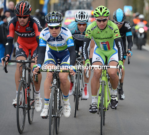 Langeveld, Oss, Sagan, Chavanel and Thomas are getting no closer to Cancellara now...