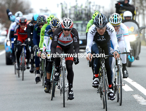 Can Haussler win the race - he started the move and wants to end it with victory, for sure..!