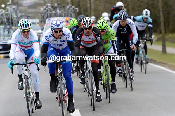 Ladangnous leads Bozic, Popovych and Sagan in the escape towards Wevelgem...