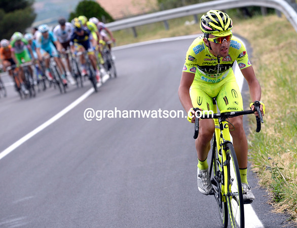 Rabottini makes his own effort at the start of the last climb, but he'll not stay away...