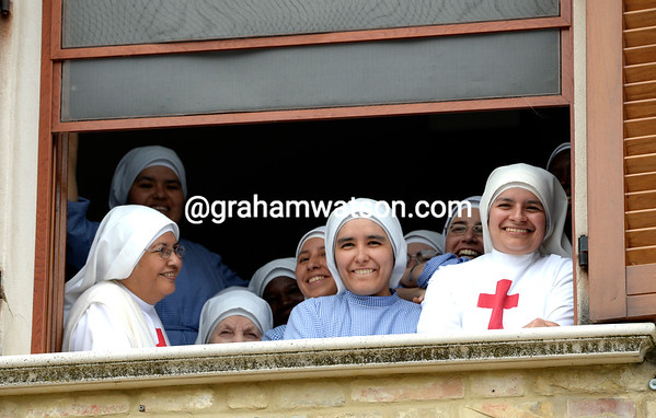These ladies seem excited about the Giro coming through their hill-top village..!