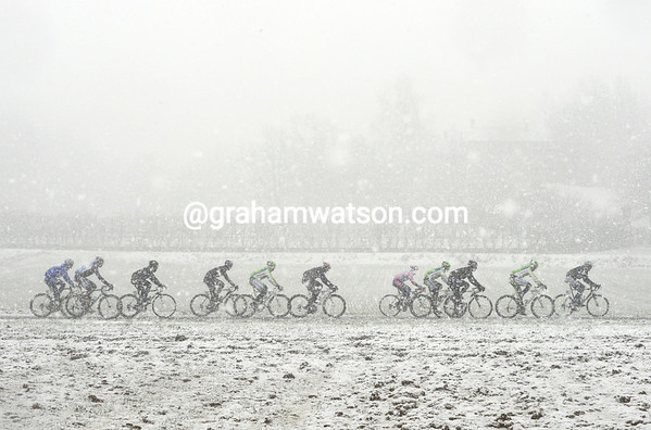 An unusual Milan San Remo landscape as the peloton struggles to keep warm in the atrocious conditions...