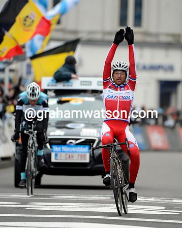 Luca Paolini wins the 2013 Omloop Het Nieuwsblad..!