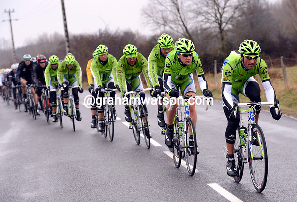 Cannondale is doing the chasing for now...