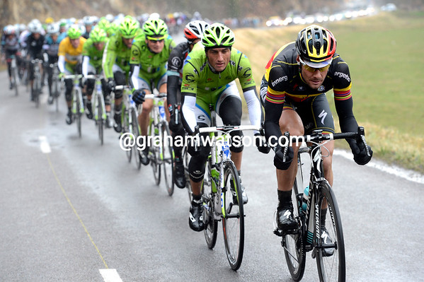 Boonen is back at the front as the hill looms for the peloton and the showdown of the day...