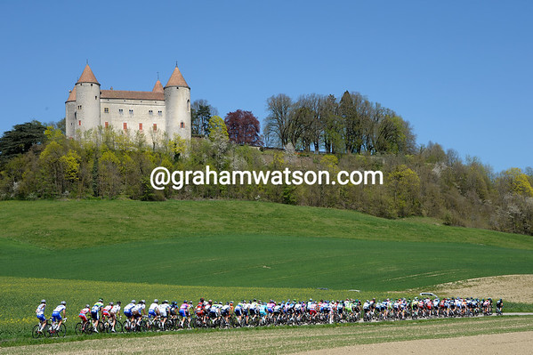 The peloton has time to look at a famous castle in Romandy...