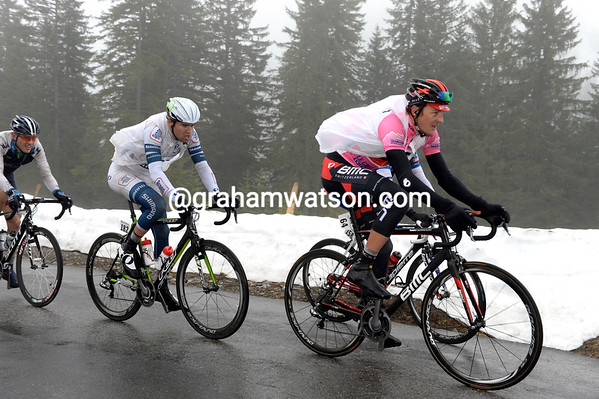Marcus Burghardt leads the escape towards the summit of the Coll de la Croix with over five-minutes lead...