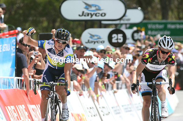 Simon Gerrans wins stage five from Slagter - without a smile, but relief written across his face..!