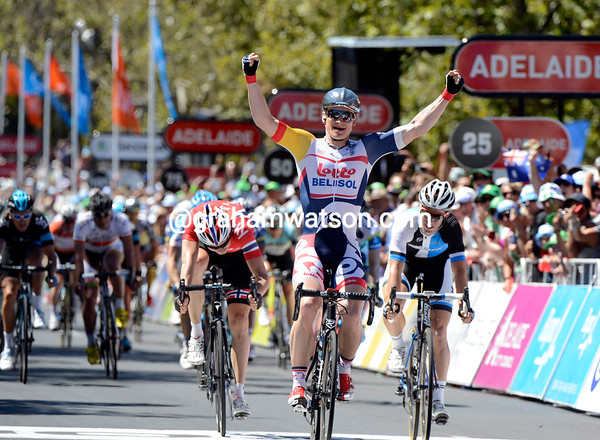 Andre Greipel wins stage six after a great sprint against Mark Renshaw and Boasson Hagen..!