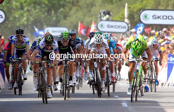 The sprint into Calvi has Simon Gerrans and Peter Sagan going head-to-head...