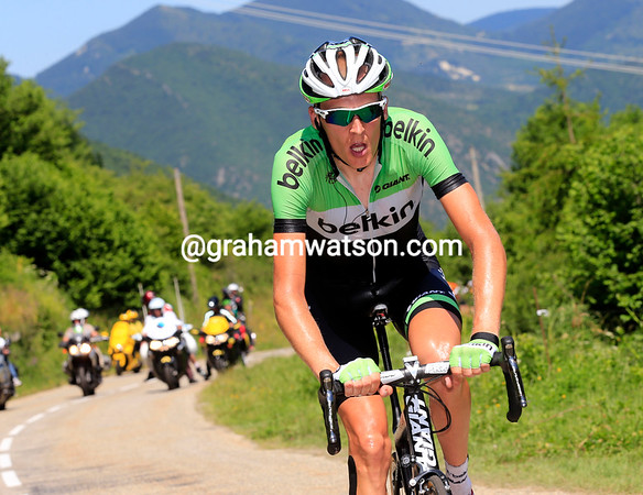 Robert Gesink has attacked from the peloton and passes Riblon with ease...