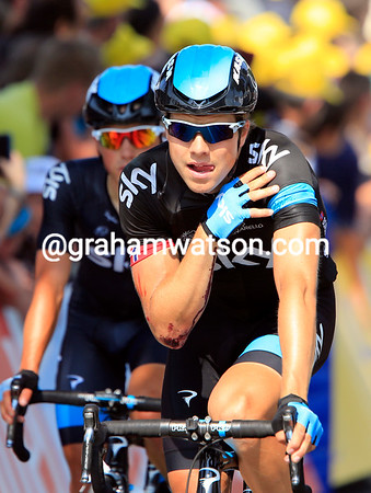 Boasson Hagen arrives later still, in pain after a crash, and most likely out of the Tour de France - another blow for Team Sky..!