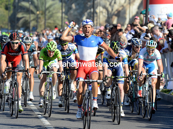 Nacer Bouhanni wins stage six from Goss and Phinney, and with Kittel no-where to be seen...