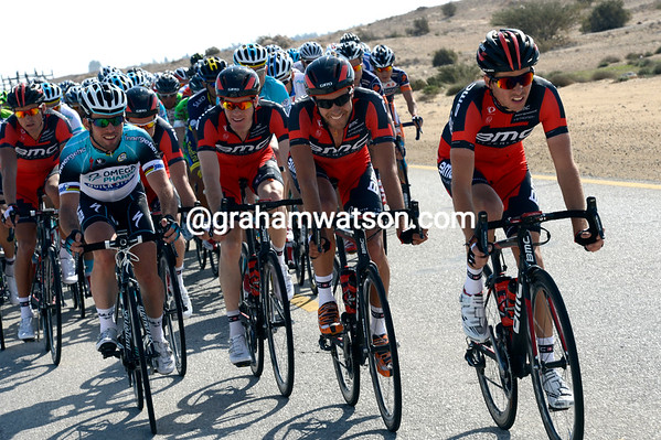BMC is leading the chase - and with Cavendish to tell them just how fast to go..!