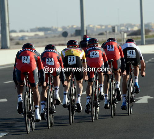 Phinney rode the last few kilometres on the front, accounting for the 52-kilometres-per-hour average speed..!
