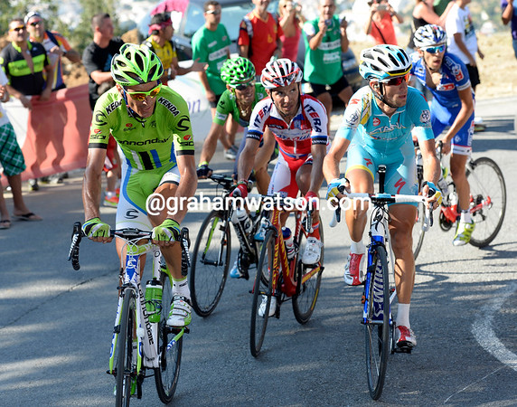 Basso and Nibali seemed stunned by Horner's power, and Rodriguez and Valverde look confused - it wasnt meant to be like this..!