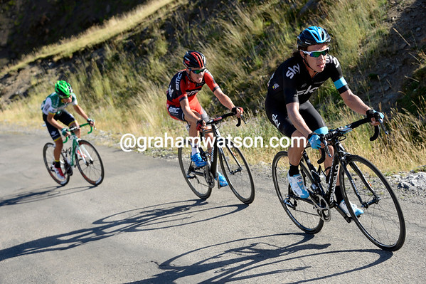 Uran is chasing Barguil, with Nerz and Txurruka trying to hang on...