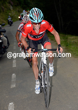 Horner sprints after Nibali, he's dropped Valverde but still has Rodriguez with him...